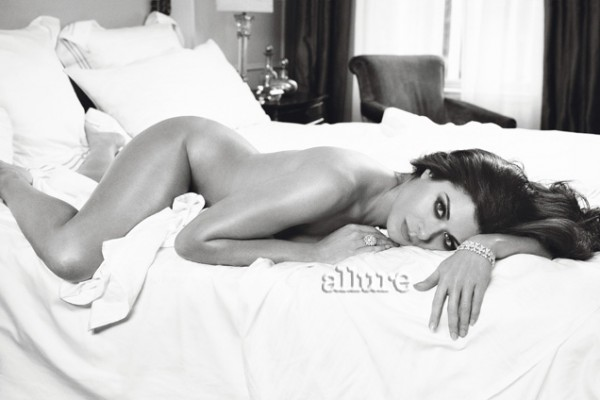 Debra Messing Bares All For Allure