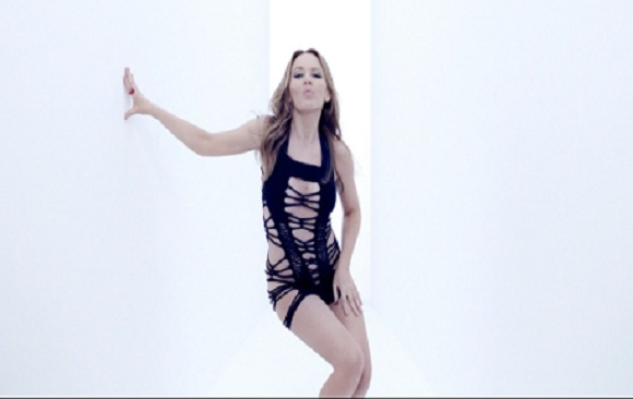 Kylie Minogue Reveals Her New Birthday Suit!