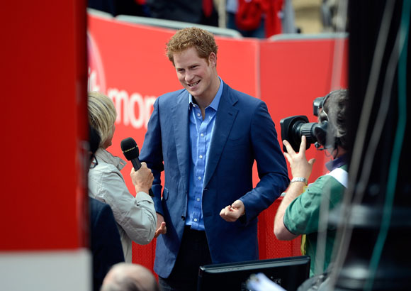 Prince Harry: Nude Photos 'Let My Family Down'