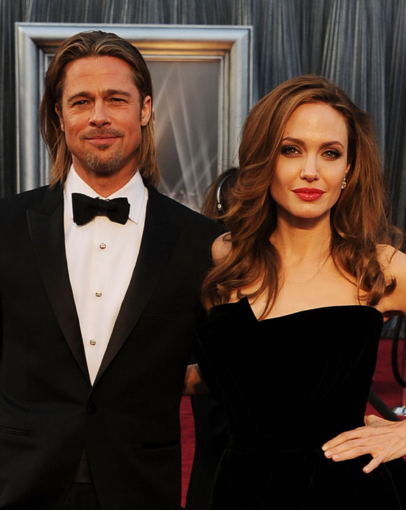 BREAKING: Brad&#8217;s Rep Confirms He And Angelina Are Engaged