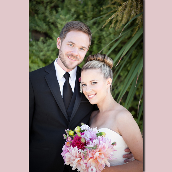 Wedding Alert: Shawn Ashmore Is Married