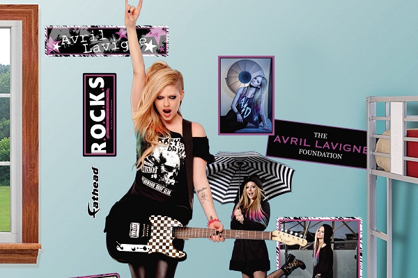 Avril Lavigne&#8217;s Birthday Wish For Charity