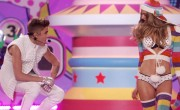 Victoria's Secret Angels Take On Bieber And 'Hawaii Five-O'