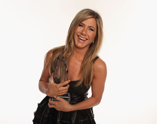 Jen Aniston: The New Face of Aveeno Skin Care