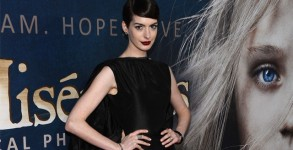anne_hathaway_640x360