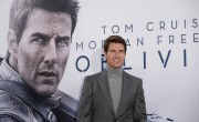Is Tom Cruise Dating?