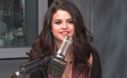 Selena Denies 'Come & Get It' Is About The Biebs