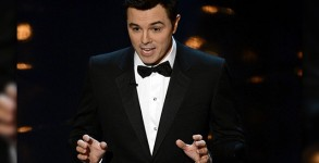 seth_macfarlane_130224_360