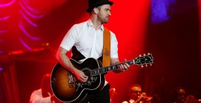 Justin Timberlake wraps up his trip to Brazil with Rock In Rio