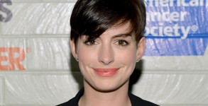 anne-hathaway-the-intern