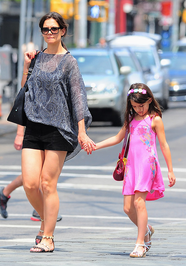 Imgs For > Suri Cruise And Tom Cruise 2015 Katie Holmes Attorney