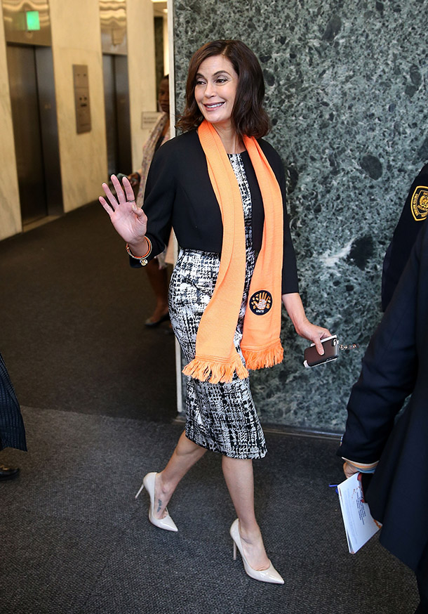 Teri Hatcher departs the United Nations following the United Nations Official Commemoration of the International Day For The Elimination Of Violence Against Women. ( Jemal Countess/Getty Images)