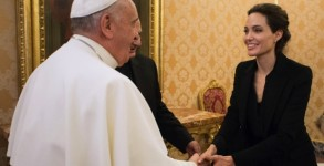Pope Francis meets US actress Angeline Jolie