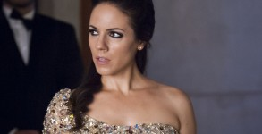 "LOST GIRL -- ""End of Faes"" Episode 508 -- Pictured: Anna Silk as Bo -- (Photo by: )"