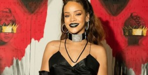 "LOS ANGELES, CA - OCTOBER 07:  Singer Rihanna at Rihanna's 8th album artwork reveal for ""ANTI"" at MAMA Gallery on October 7, 2015 in Los Angeles, California.  (Photo by C for WESTBURY ROAD ENTERTAINMENT LLC)"