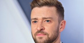 NASHVILLE, TN - NOVEMBER 04:  Singer/actor Justin Timberlake attends the 49th annual CMA Awards at the Bridgestone Arena on November 4, 2015 in Nashville, Tennessee.  (Photo by