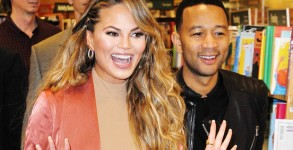 LOS ANGELES, CA - FEBRUARY 23:  Chrissy Teigen and John Legend attend the book signing for Chrissy Teigen's new book 'Cravings: Recipes For All The Food You Want To Eat' at Barnes & Noble at The Grove on February 23, 2016 in Los Angeles, California.  (Photo by