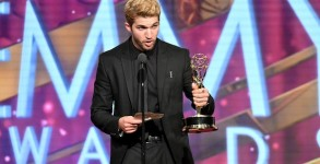 LOS ANGELES, CA - MAY 01:  Actor Bryan Craig accepts Emmy onstage at the 43rd Annual Daytime Emmy Awards at the Westin Bonaventure Hotel on May 1, 2016 in Los Angeles, California.  (Photo by