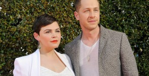 WEST HOLLYWOOD, CA - APRIL 17: Actress Ginnifer Goodwin and actor Josh Dallas attend the John Varvatos 13th Annual Stuart House benefit presented by Chrysler with Kids' Tent by Hasbro Studios at John Varvatos Boutique on April 17, 2016 in West Hollywood, California.  (Photo by John Sciulli/Getty Images for John Varvatos)