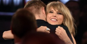 taylor-swift-calvin-harris-7-moments